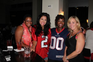 "Kelly King with Lady Texans Fans at ""Game Day Girls Way"" Texans Watch Party"