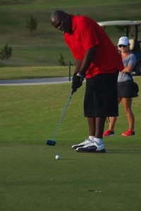 NFL Veteran Lawrence Taylor (LT) for the win at the 1st Annual NFL Bermuda Golf Classic (photo via D'Lamina Photography)