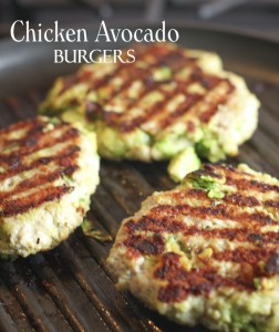 Chicken Avocado Burger Recipe | Photo: Yummly